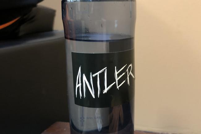 antler-standard-vinyl-stickers-bottles